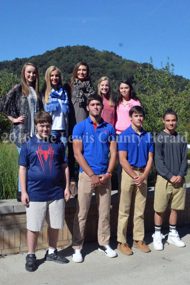 Juniors Front row l-r: Reno Garrett, Isaac Kelly, Cody Ripato, & Marty Simonetti (not pictured Eric Berry). Back row l-r: Haley Box, Katie Butler, Abby Pick, Brooklynn Butler, Jada Thurman. - Mary Collins Photo