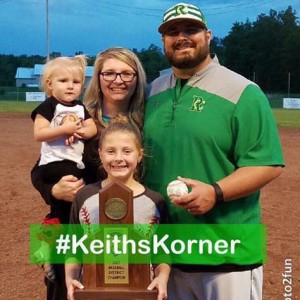 Keith Prater with wife, Misty, and daughters, Kennedy and Karsyn.